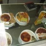 Päris toit on klaasi taga (ilmselt seisnud seal juba pikemat aega). Ei olnud just väga hea isuärataja...